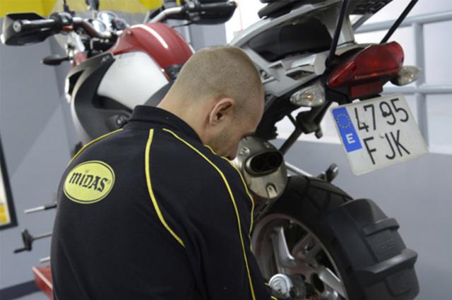 Midas, reparación también para motos
