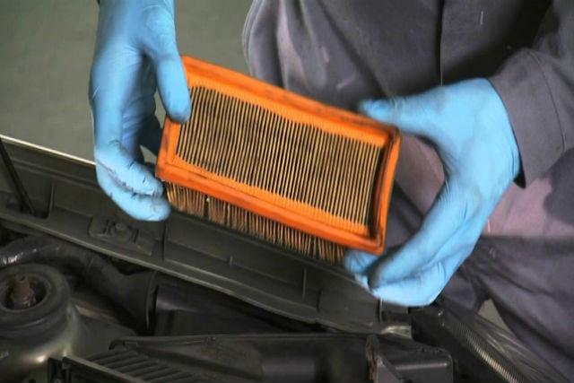 Cómo cuidar el filtro de aire de tu coche
