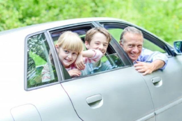 Familia y viajes en coche, una explosiva combinación