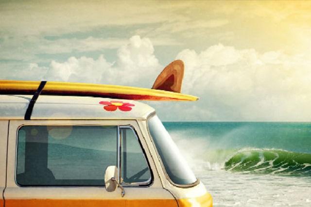 Cómo llevar las tablas de surf en el coche