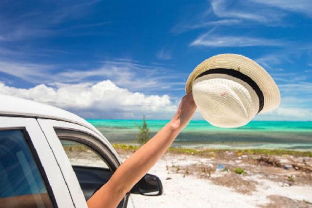Consejos para cuidar el coche en la playa