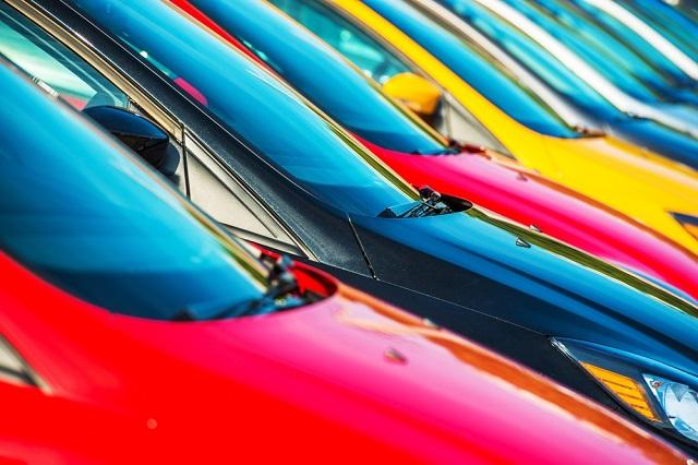 ¿Cómo influye el color del coche en el día a día?