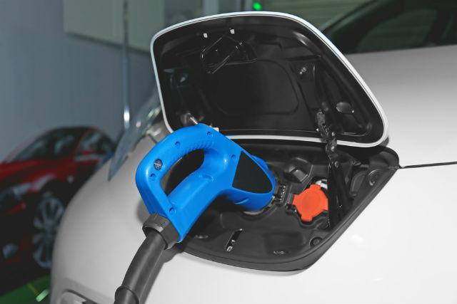 Todo lo que debes saber de los coches eléctricos