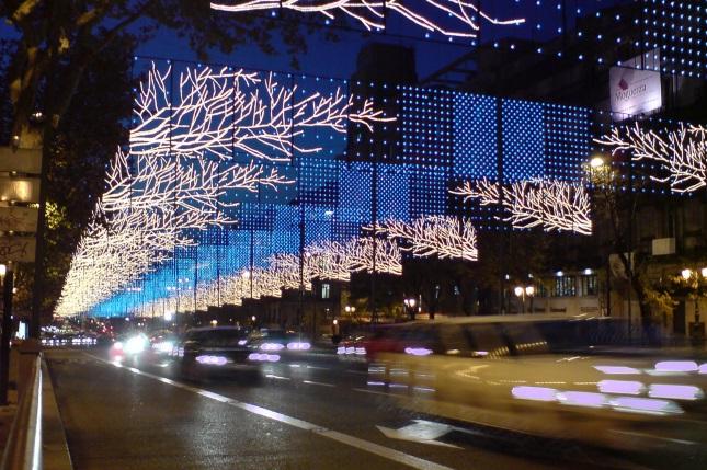 ¿Vas a moverte por el centro de Madrid y Barcelona estas Navidades? Conoce las medidas de regulación de la circulación
