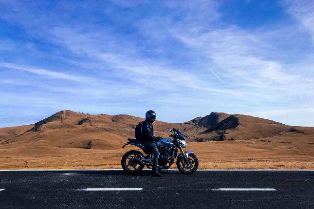¿Aún no tienes navegador para tu moto?