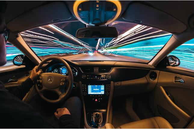 Sistemas de seguridad en los coches que serán obligatorios en 2022
