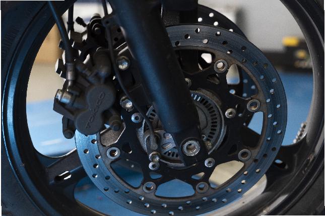 Cuándo es necesario cambiar las pastillas de freno de la moto