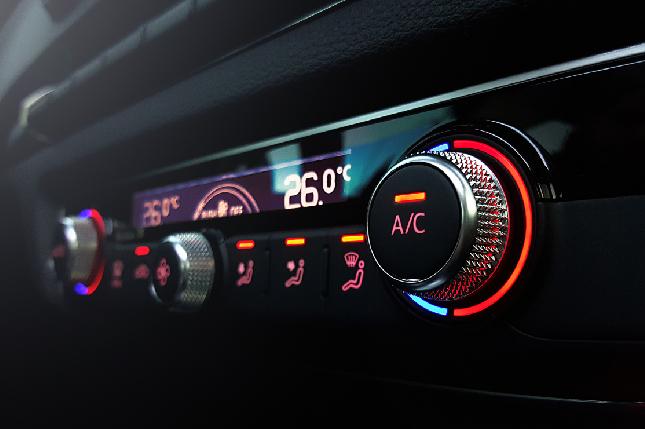 Por qué el aire acondicionado de tu coche gasta gasolina