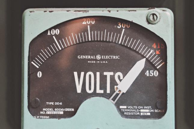 Cuándo hay que cambiar la batería del coche: 3 claves para saberlo