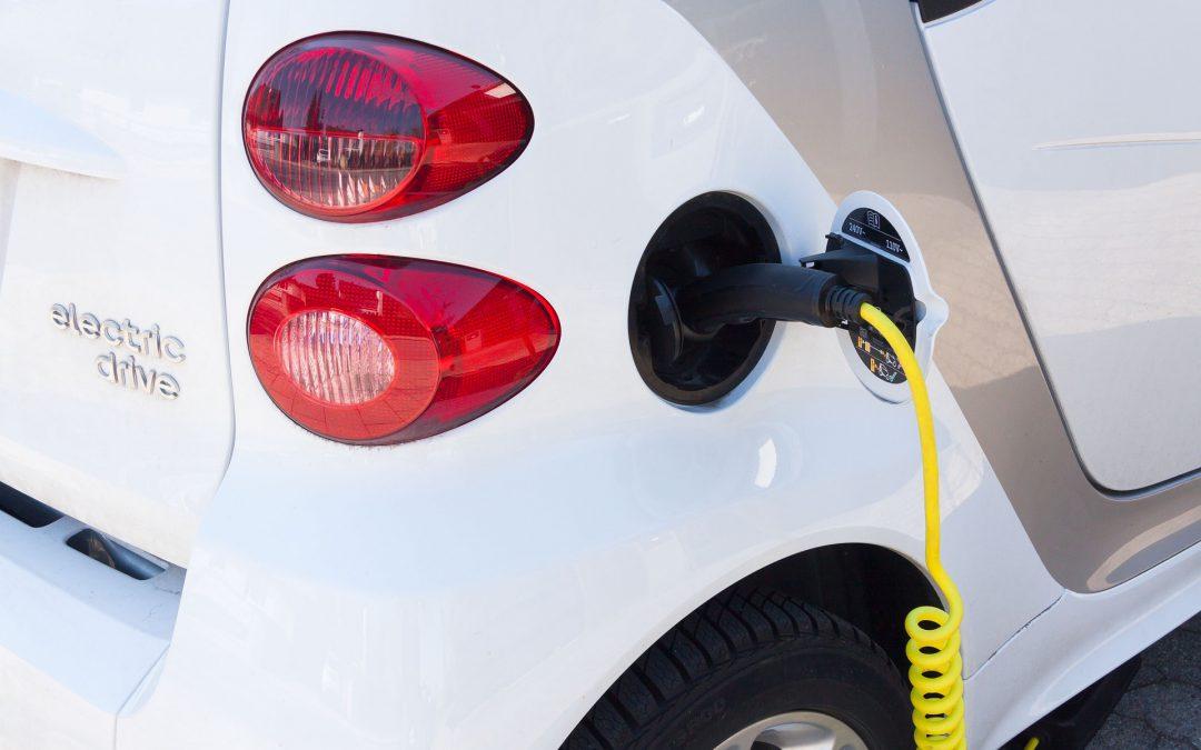 Desmontando mitos sobre los coches eléctricos