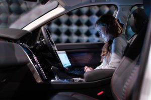 dispositivos última tecnología coche