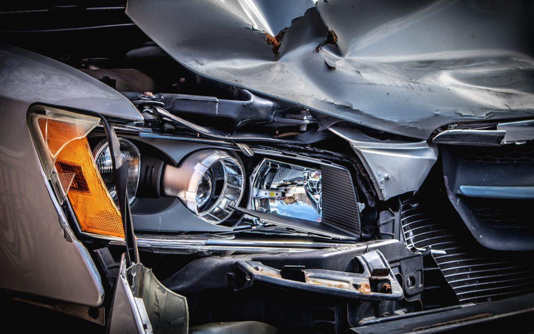 Qué hacer ante un accidente de carretera